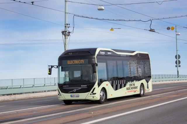 volvo-electric-bus_100556358_m