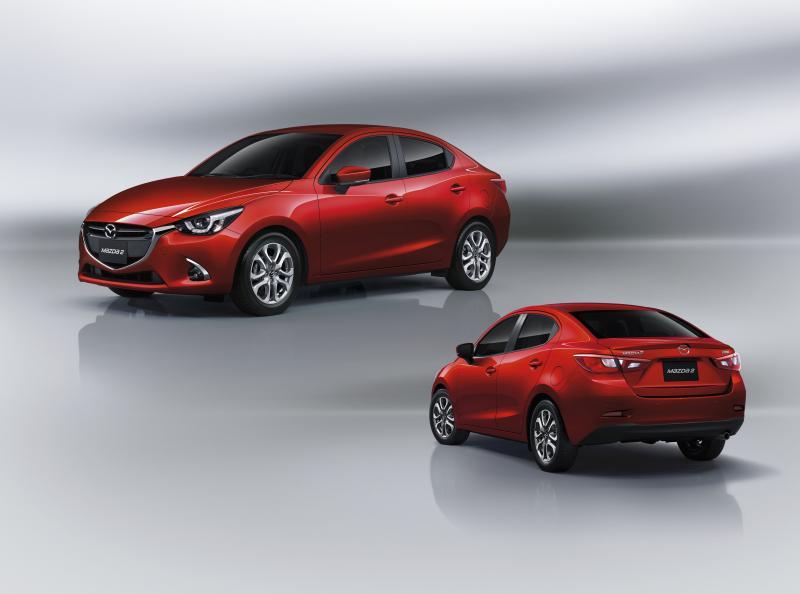 Mazda2_1